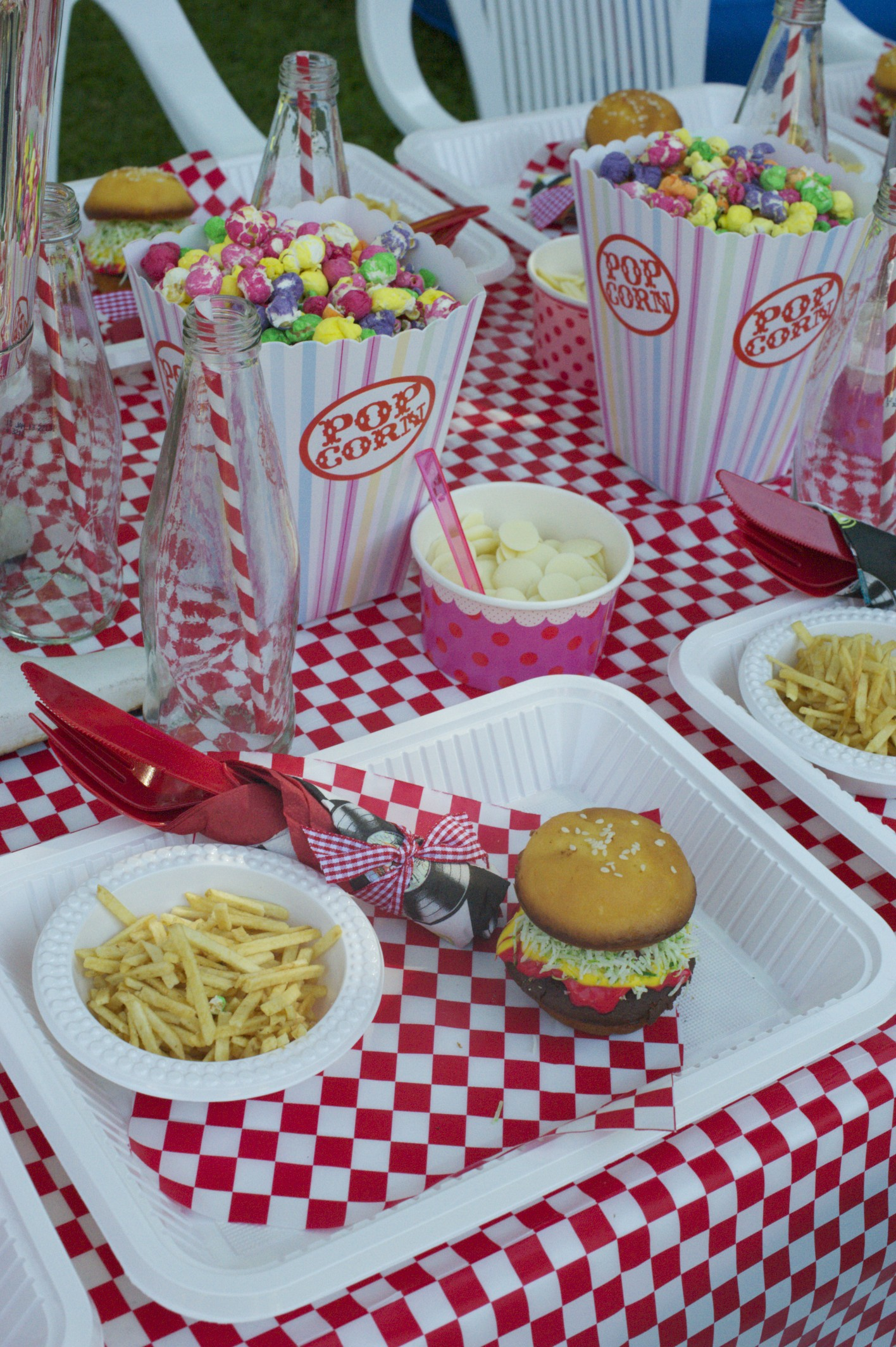 American Diner Party Decorations